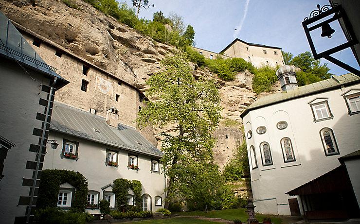 Die Höhlenburg Stein