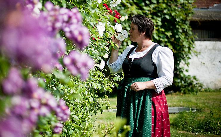 Elke Pfiff im Rosengarten