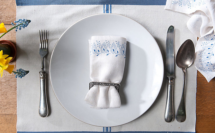 Klassisches Tischgedeck