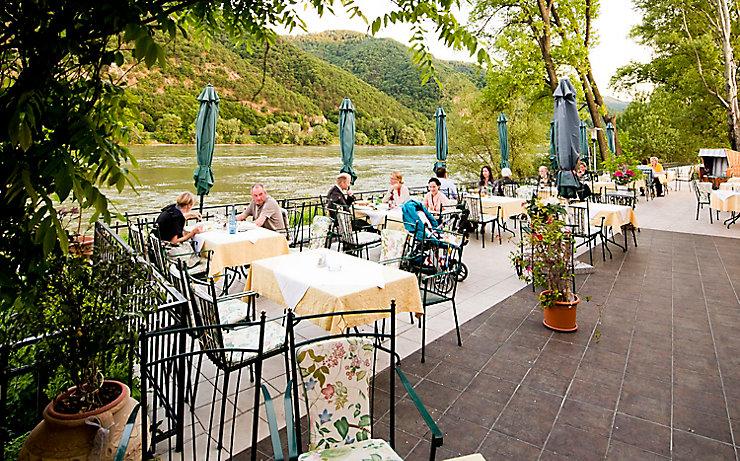 Die Terrasse des Restaurants Heinzle