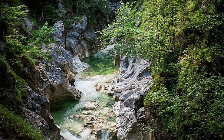 Auf der Dresdner Hütte in Tirol lässt es sich ab vier Personen gemütlich saunen.