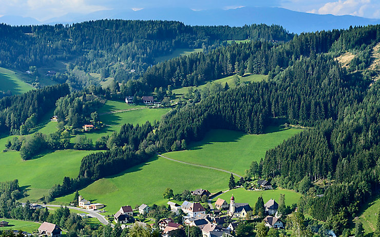 Blick auf Kleinlobming, Stubalpe, Österreich, Steiermark, Murtal, Großlobming