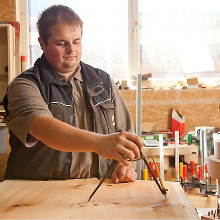 Schüssel aus Zirbenholz