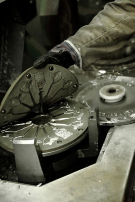 Schaukelpferdanhänger aus Zinn