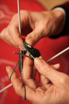 Handgestrickte Wollstutzen