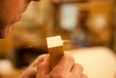 Holzschemel aus Alpenzirbe