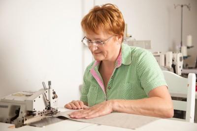 Veilchen-Servietten bestickt