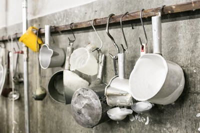 Handverzierte Osterkerze