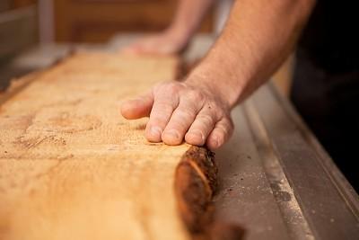 Brotkorb aus Zirbe