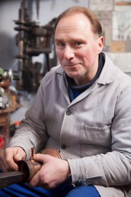Schöpfer aus Kupfer