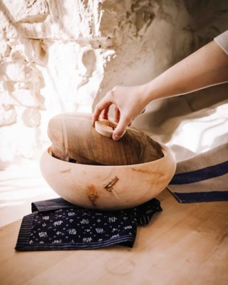 Brotdose Zirbe und Nuss